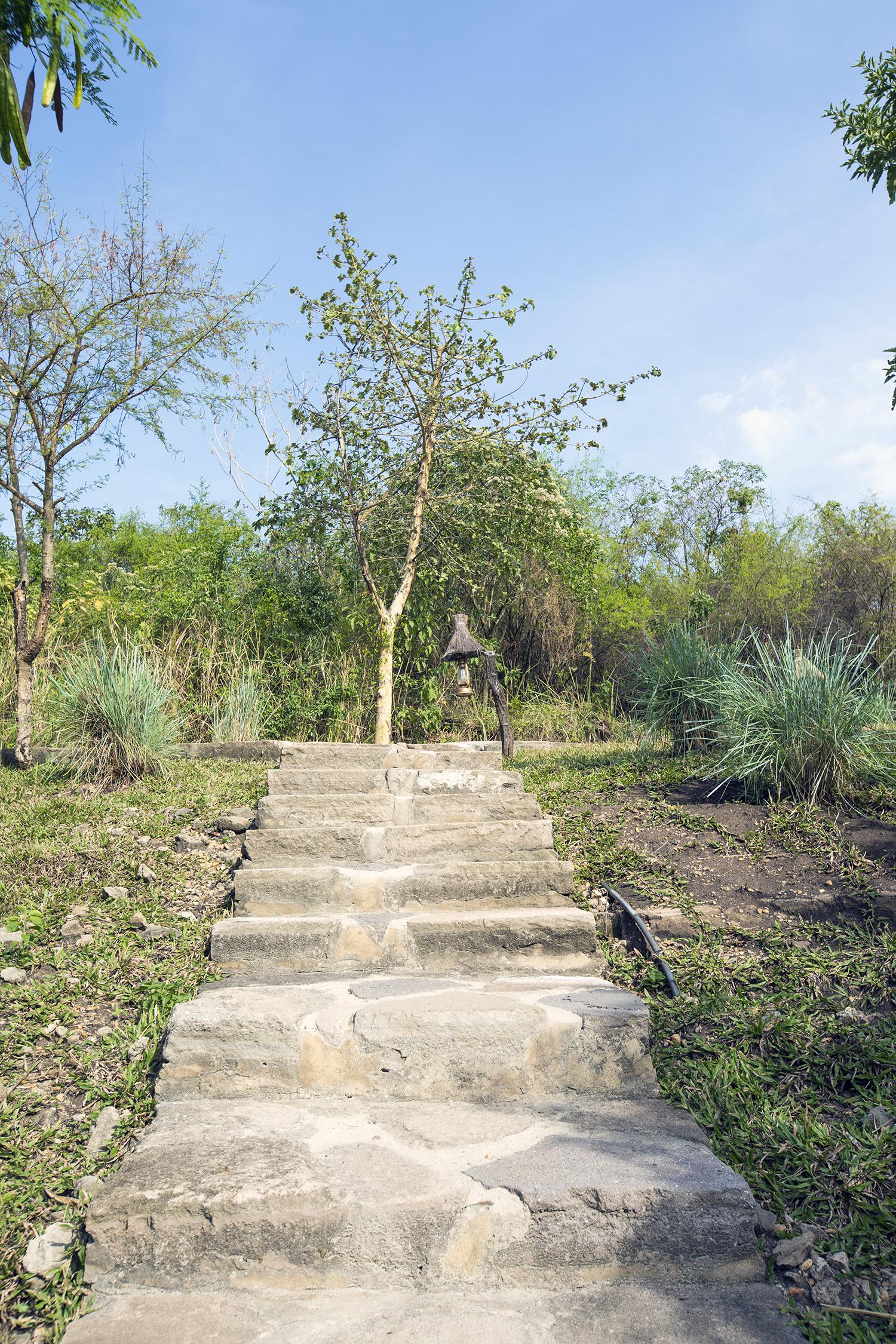 KyamburaLodgeStairway